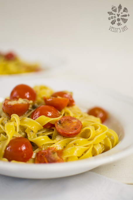 Pasta with cherry tomatoes (1 of 1)-3