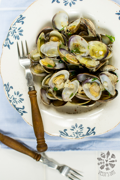 Steamed clams (1 of 1)-6