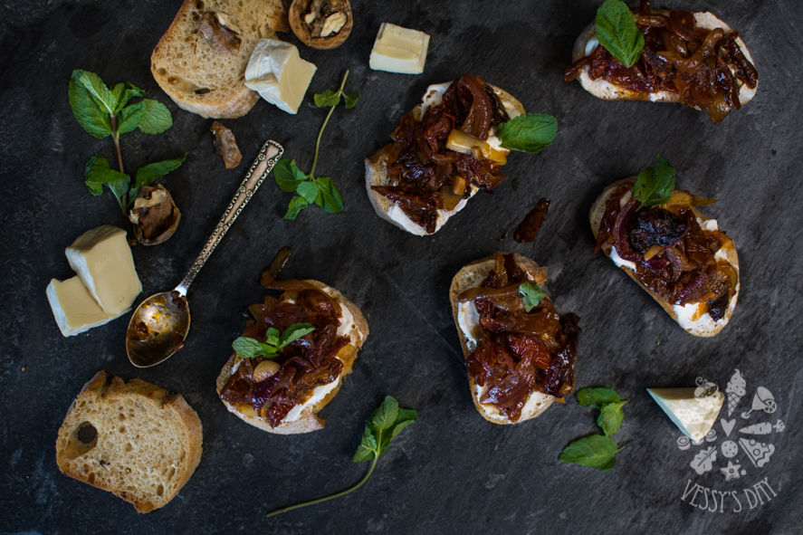 Crostini with sweet onions (1 of 1)-2