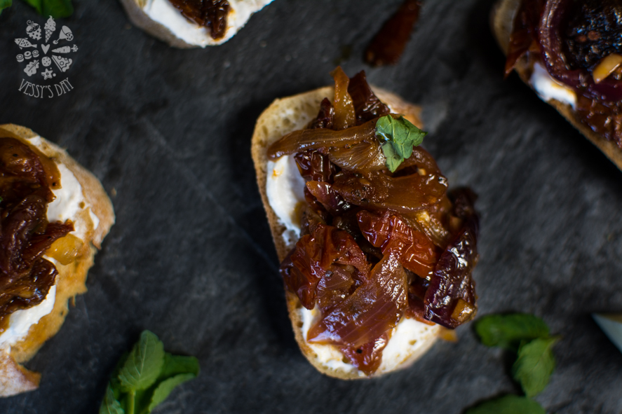 Crostini with sweet onions (1 of 1)-5