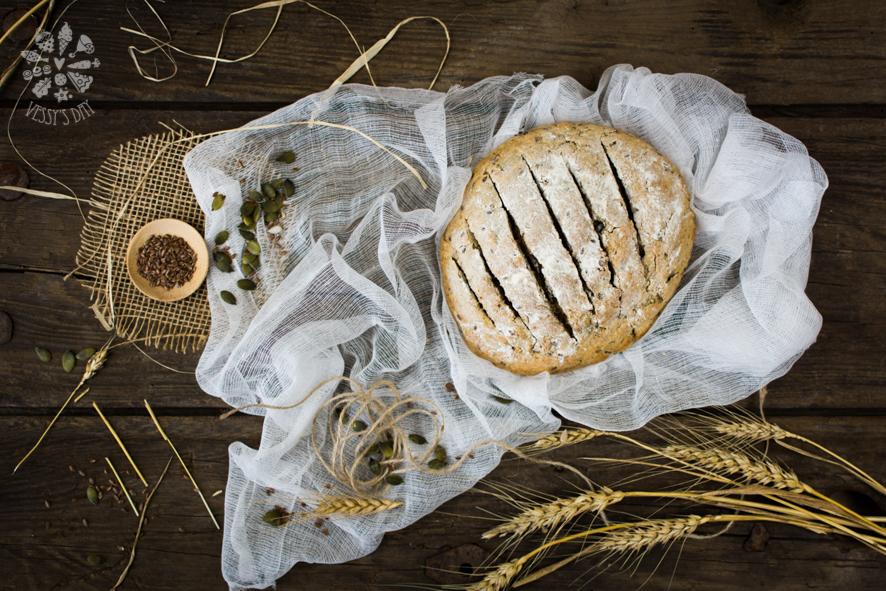 Хляб от лимец със семена