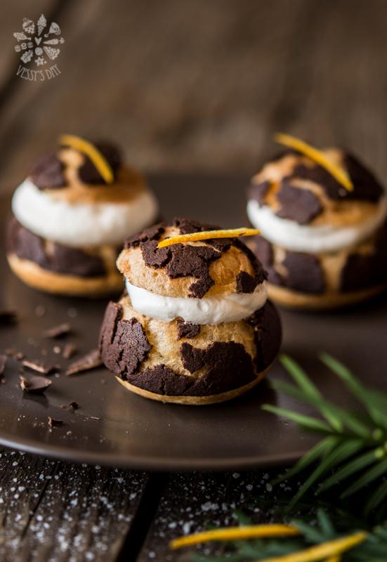 Шоколадови профитероли с портокал
