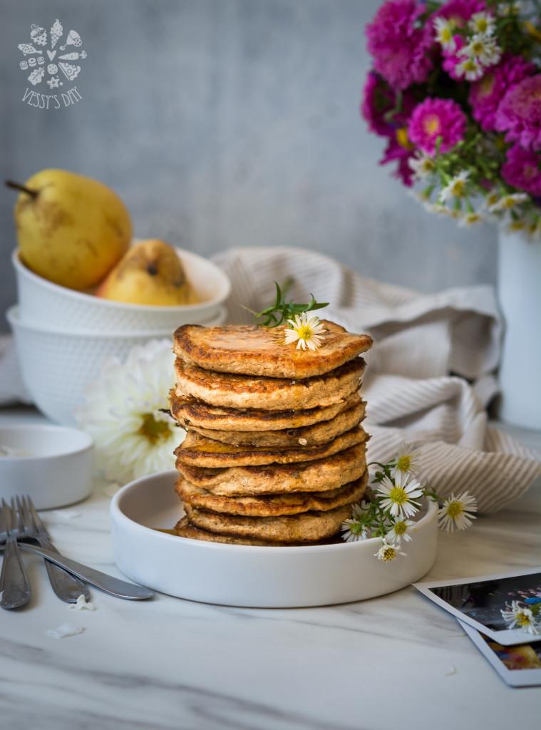 Healthy oat & banana pancakes-5916