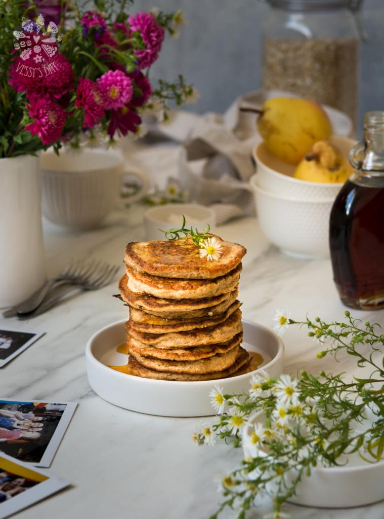 Healthy oat & banana pancakes-5924